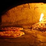 Tudtad-e, hogy miért jó kemencében sütni a pizzát?